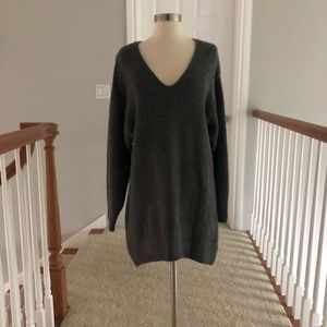 H&M deep v neck sweater dress xs